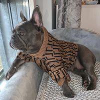 Jesień Zima Ubrania Pet Modna List Haft Puppy Zwierzęta Sweter Luksusowy Projektanci Pet Dog Clohes Brown Rozmiar: XS-XXL 2021