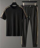 Pantalon de mode européen et américain Designer printemps Été Sportswear Sportswear Casual Tshirt court Tshirt Long M-4XL NK010 Marchandises