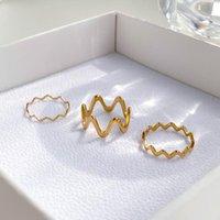 Wedding Rings Stylish Sense Of Luxury Tarnish Free Gold Wave Shape Metal Hip Hop Finger For Women Man Fashion Jewelry