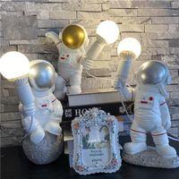 Настольные лампы Космическая станция Астронавт Светодиодный креативный свет для детской детской спальни гостиная арт-деко смолы лампы