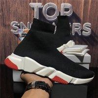 Top Quality Uomo Donne Calze da donna Casual Scarpe Casual Paia Velocità Sneakers Nero Red Triple Ship Fashion Slock Flat Stivali Speed Sneaker Runner Trainer