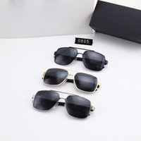 Designer original Luxury fashion Men and women design sunglasses metal frame simple generous style top quality uv400 protective glasses With Case P0805