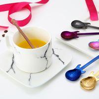 Creativo acciaio inox acciaio inox cucchiai di caffè chitarra violino forma dessert cucchiaio stivante cucchiaio bella titanio placcato ghiaccio scoop 577 r2