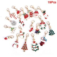 19pcs/lot New Enamel Christmas Decoration Tree Bell Snowman Keychains Alloy Lobster Buckle Clasp Charms Key Chains Jewelry S4584