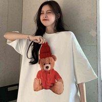Women's Hoodies & Sweatshirts Camiseta de manga curta feminina com sign urso, camiseta solta em coreano ins, roupas meia para ano novo natal A4UH