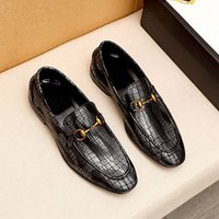Men classic business dress shoes handsome real leather soles casual shoe Charming Fashion and leisure style Italian styles cowhide