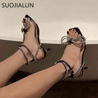 SUOJIALUN 2021 Summer New Brand Women Sandal Star Style Crystal Ladeis Derss Shoes Luxury Rhinestones Bowknot Gladiator Sandals C0407