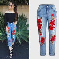 Fashion Plus Size Stretchy Strappato Jeans con Scuffs Mid Vita Ricamo Fiori Vintage Donna Denim Pantaloni Pantaloni per donna Jean