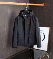 2021Top desenhador jaqueta masculina luxo casual protetor solar windbreaker de alta qualidade roupas ao ar livre M-2XL