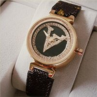 Rose Oro Men Diamonds Watch Gente Mental Relojes de Lujo Mujeres Moda Reloj de pulsera Cuero Marrón Dial Móvil Móvil Relogio Montre Reloj Masculino