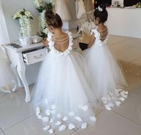 Backless Princess Children Flower Girls Dresses For Weddings Lace Tulle Pearls Scoop Wedding Birthday Party Growns