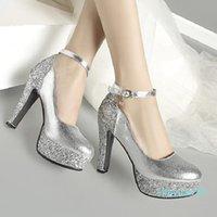 Plus Size da 34 a 42 43 Scarpe da sposa da sposa Rosso Pailletted Strissy Strappy Strappy Toe Pompe Piattaforma Pompe d'oro Argento in oro Vieni con 2021