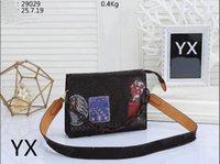 Alta Qualidade Mulheres Handbags Corrente de Ouro Crossbody Soho Bag Newest Estilo Mais Novo Cruz Feminina Sacos de Ombro 25x7x19 29029