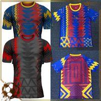 2022 Real Madrid Soccer Jersey Camisas de treinamento de futebol Specail Design Club Team Ventiladores Versão do jogador Homens Kit Uniform Kids Sports Quality tailandês
