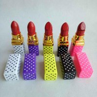 Lipstick Shaped Butane Cigarette Lighter Inflatable No Gas Flame Lady Lighters 5 colors For Smoking Pipes Kitchen Tool