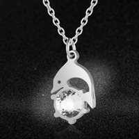 Pendant Necklaces Super Fashion Big Crystal Stone 100% Stainless Steel Dolphin Charm Necklace Special Gift High Polish Wholesale