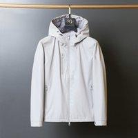 Мужская мода дизайнер с длинным рукавом Parka Part Pocket Карманные куртки Черно-белые для ветровкой пальто мужчины с капюшоном тренд