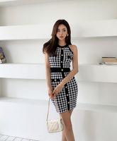 2021 여름 패션 디자인 여성의 홀터 넥 민소매 Houndstooth 그리드 격자 무늬 인쇄 니트 캐주얼 드레스 바디 콘 튜닉 무릎 길이 연필 드레스