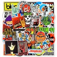 Stickers muraux 100 pcs imperméable graffiti rock bandes décalques pour la décoration de la maison DIY Ordinateur portable Tasse de skateboard Bagages Guitare PS4 Vélo Vélo Voiture Cadeaux DY8P