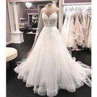 2020 Vintage Spaghetti Straps Lace A Line Wedding Dresses Tulle Applique Court Train Garden Wedding Bridal Gowns