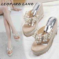 Leopard Land Летние сандалии тапочки износа пляж дикий жемчуг клин с толстыми нижними флипсалками высокие каблуки CWF 210619