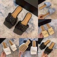 Uyebs Slipper Luxury Designer Slide Summer Wide Fashion Europ Flat Luxury Slippery Con Sandalias Gruesas Hombres Mujeres Diseñador Zapatos Flip Flops