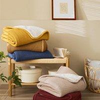 Агнец Cashmere Plus Трикотажное одеяло, Мягкая текстура, Нежный прикосновение, Ежедневные портативные маленькие, утолщенные и теплые одеяла