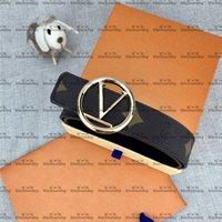 Cinturones de estilo de caballero con caja de cinturones de cuero para hombres y mujeres con hebilla suave Viste a cinturones de inconformista