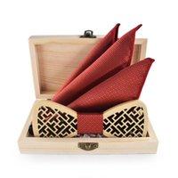 Sistema de pañuelo de pañuelo de pajarita de madera para hombres Bowtie Wood Hollow Tallado Mujeres Cravat Bufanda Regalo con corbatas del cuello