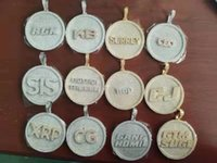 Iced out Customized name logo pendant Round Classic Zircon hiphop personality Bling jewelry