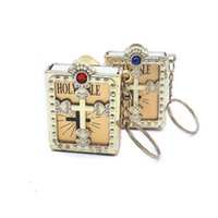 Keychains 1piece Random Color Rhinestone Mini Holy Bible Keychain Book Paper Pendant Key Rings Religious Christian Jewelry Gift