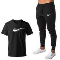 Sportswear 2020 Treinamento Terno Hoodie Novo Inverno Cato / Poliéster Hoodies + Shorts Casuais Homens Marca Roupas Com Capuz Jogging Set