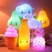 Lumières de nuit Enfants Dessin animé lumière LED Lampe de décoration intérieure pour enfants Cadeau de Noël Lanterne FRRUITE DIGN TOYS SHIDY SHAY BAY LAMPARA