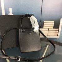 패션 여성 어깨 가방 오리지널 하드웨어 로고 오픈 입 정품 가죽 가슴 팩 레이디 토트 핸드백 크로스 바디 작은 사각형 가방