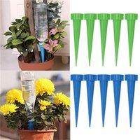 1set = 4pcs 무작위 색상 자동 정원 물을 콘 물을 스파이크 공장 꽃 병 관개 시스템 도구 GWF8515