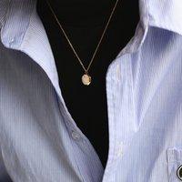 Simples sólido hexagonal bloco geométrico de favo de mel colar clavícula cadeia chapeado com ouro 18k para proteção de cores PWJA59