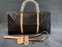 2021 Männer Duffle Bag Frauen Reisetaschen Hand Gepäck Luxus Designer Reisetasche Männer PU Leder Handtaschen Große Kreuz Body Bag Totes 55 cm