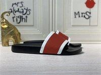 2021 Versione Paris Slides Mens Womens Sentisi Summer Sandali Beach Pantofole da donna Flip Flops Nero Tempo libero Slider Chaussures Eva Scuffs Calzature