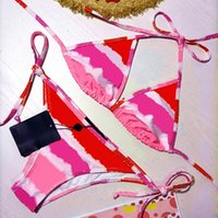 21SSS Femmes de maillot de bain à trois points Fashion Summer Bikini costumes Set avec lettres Sexy Beach Baignage Maillot de bain Vêtements WF2102073.