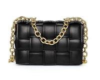 2021 سيدة الأزياء حقائب اليد v كاسيت حقائب الكتف عبور الجسم الشهير مصمم تحقق، منقوشة الترتان crossbody مخلب حقيبة