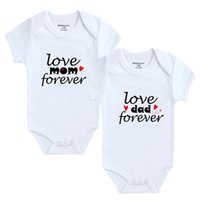 Rompers Love Mom Dad Forever Letter Printing Born Pregnancy Announcement Boys Girls Romper Short Sleeve Casual Infant Baby Clothes