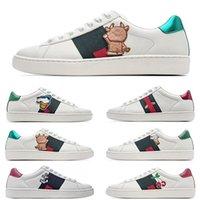 [Orijinal Kutu + Çorap + Tag] GUCCI Disney x Gucci Ace Series Gucci White Shoes Series  Arı Yılan Tiger Işlemeli Erkek Gerçek Deri Tasarımcı Sneakers Kadın Adam Rahat Ayakkabılar