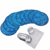 10 stücke Runde Nägel Vorlagen Stamping Plate Kits mit 1 stück Klarer Silikon Stemper Abstreifer Vorlage Für Nail Art Paint Maniküre Werkzeuge Nar007