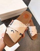 Chloe slippers 2020 Spring and Summer Nouveau Toile Chaussons plats Dames Sandales Nouvelle carré Toe Toe Cross Pantoufles imprimées Taille 35-42