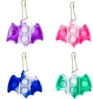 Tie Dye Bat Forma Empurre Poppers Poppers Sensory Fidget Brinquedos Simples Chaveiro Chave Placa Desktop Puzzle Squeeze Divertimento Para Crianças Adult Charms H412sy2