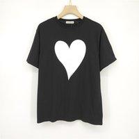 2021 Corea classica Big Love Heart Stampa T Shirt Fashion Mens Skateboard Castelli Donne Vestiti Casual Casual Tee