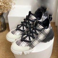 أسود جلد طبيعي منصة حذاء رياضة الأزياء الأحذية الفاخرة النساء grosgrain الشريط ريترو مصمم ربط المدربين عداء الطباعة الدانتيل عارضة الأحذية