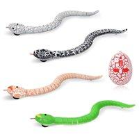 RC 동물 적외선 원격 제어 뱀과 계란 방울뱀 어린이 장난감 트릭 어린이를위한 겁 먹은 장난 장난감 재미있는 참신 선물 210928