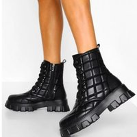 2021 Retro Embroidered Western Cowboy Boots PU Leather Women Mid-Calf Boots Block Heel Square Toe Ladies Shoes Punk Boots