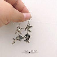 Son bir Orijinal Tasarım Asimetrik Çiçek Buzlanma Tabancası Küpe Antik Gümüş Kişilik 925 Gümüş Kulak Kancası Kulak Klipsi